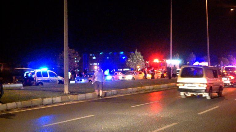 Üç trafik kazasında 9 kişi yaralandı