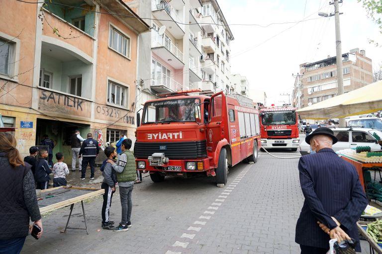 Kullanılmayan evde çıkan yangın söndürüldü