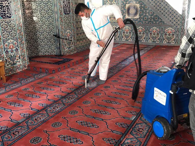 İbadethanelere dip bucak temizlik