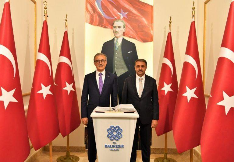 Savunma Sanayii Başkanı Prof. Dr. İsmail Demir'den Vali Şıldak'a Ziyaret
